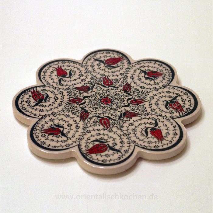orientalisch Iznik Design Rosenform Rot schwarz weiss 18.5 cm