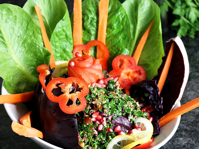 Mittagsmenü Salat